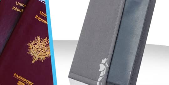 Etui de protection passeport voyage