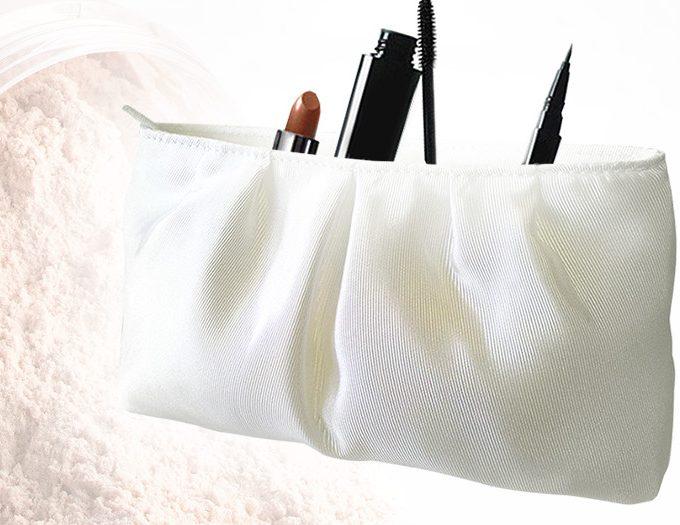 Fabricant de trousse cosmétique beige en satin